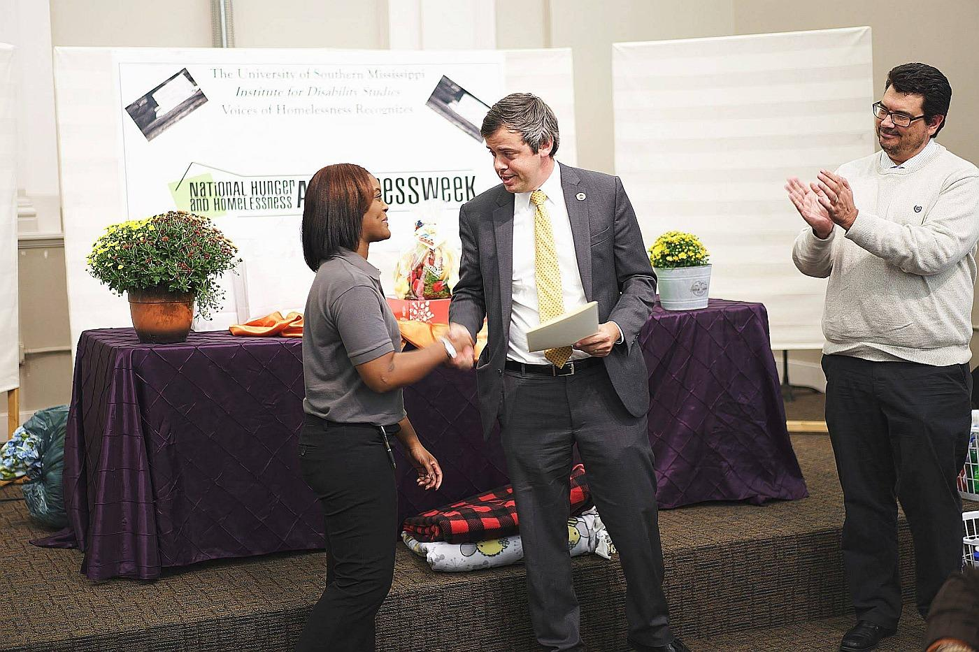 Mayor Barker recognizes IDS for our work with the homeless population