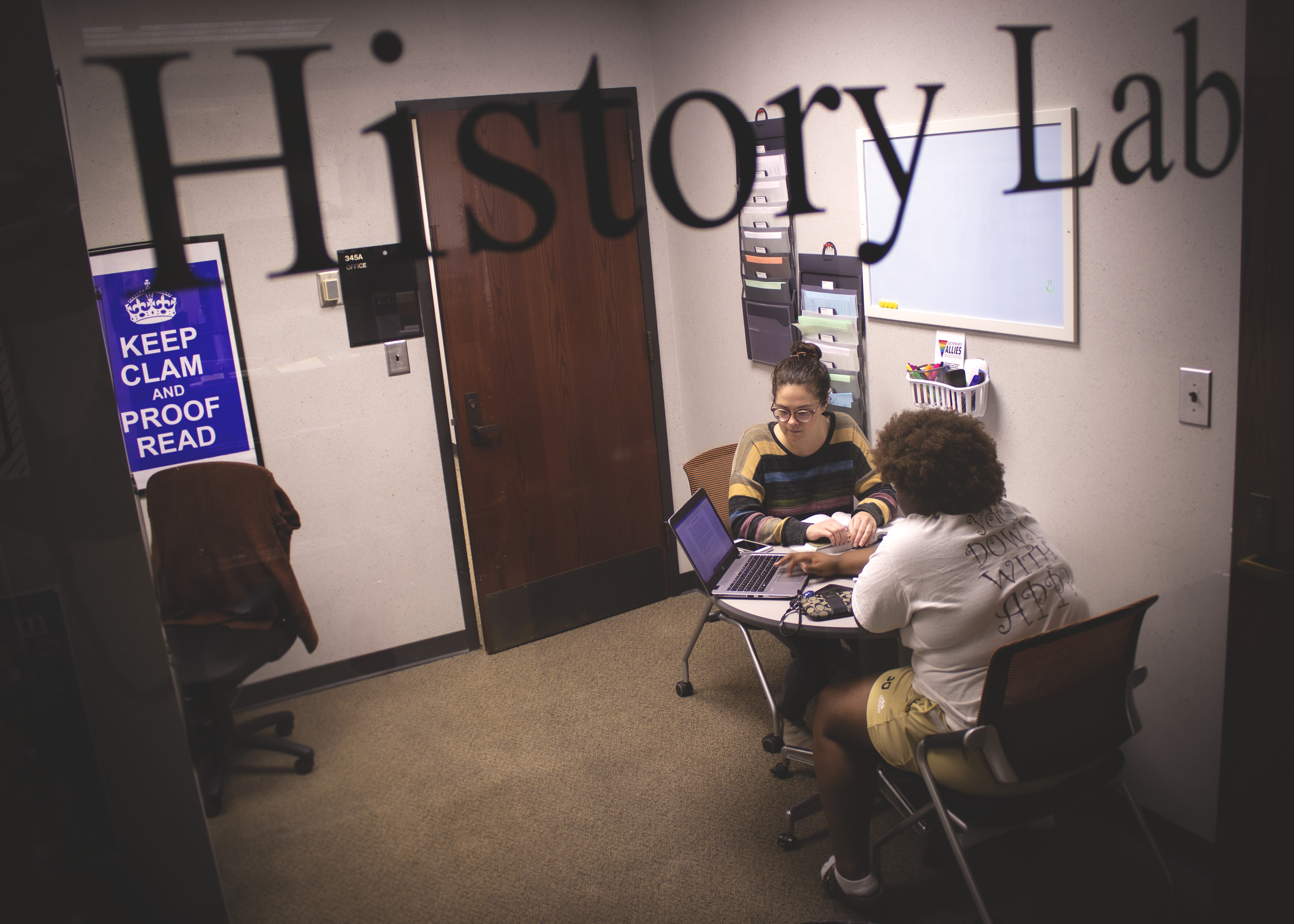 Student tutoring session in the History Lab