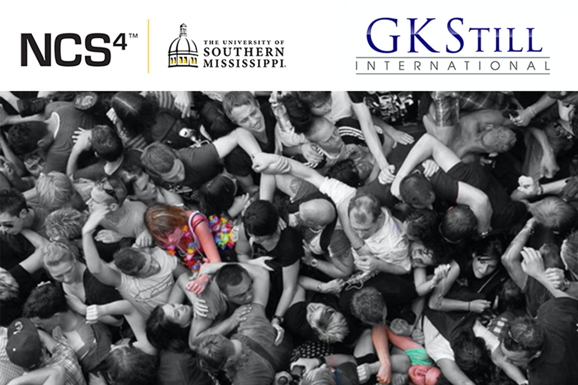 NCS4 USM GKStill International - Photo of mass crowding at an event
